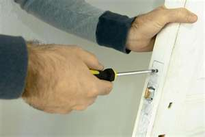 Locksmith in West Edmonton